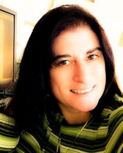Diane Desmarais Headshot